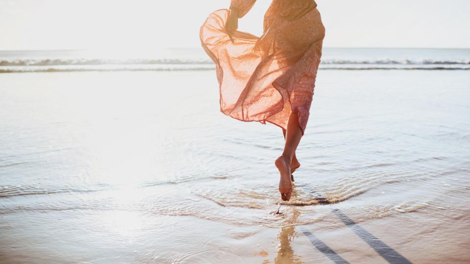 лято жена море плаж пясък хороскоп