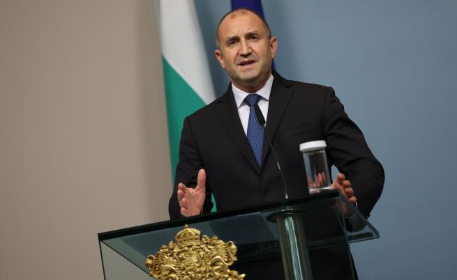 Румен Радев: Най-късно в петък трябва да връча третия мандат