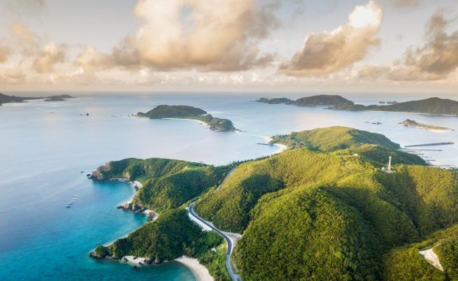 Вулканично изригване в Япония създаде нов остров