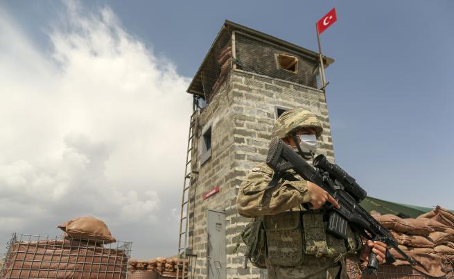 DW: Как Турция се барикадира срещу бежанците
