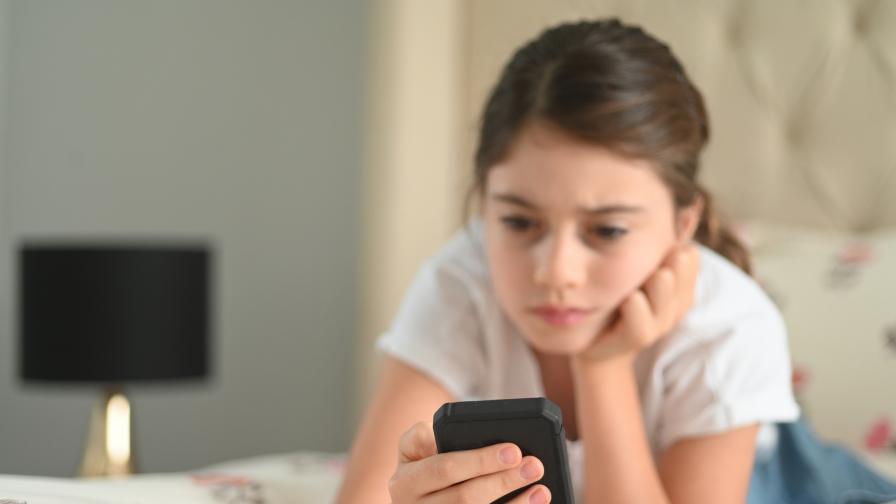 Националната телефонна линия за деца с над 30 % повече подадени сигнала