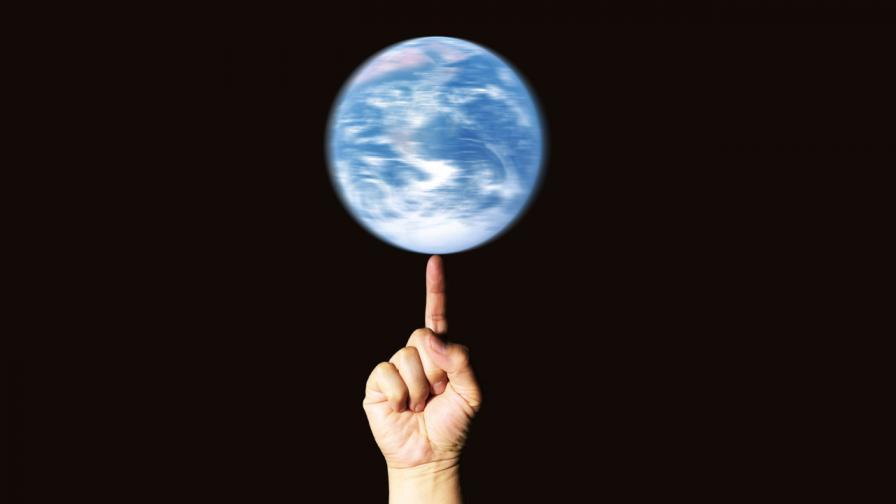 <p>Какво ще стане, ако Земята спре да се върти</p>