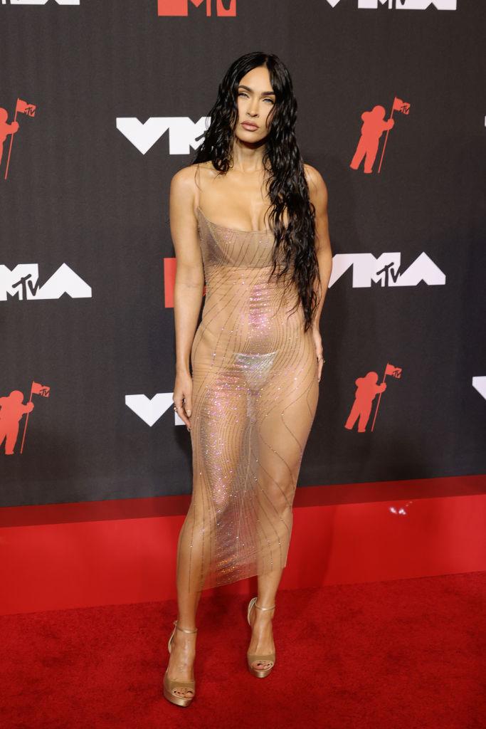 <p>Меган Фокс на червения килим на видео музикалните награди MTV</p>