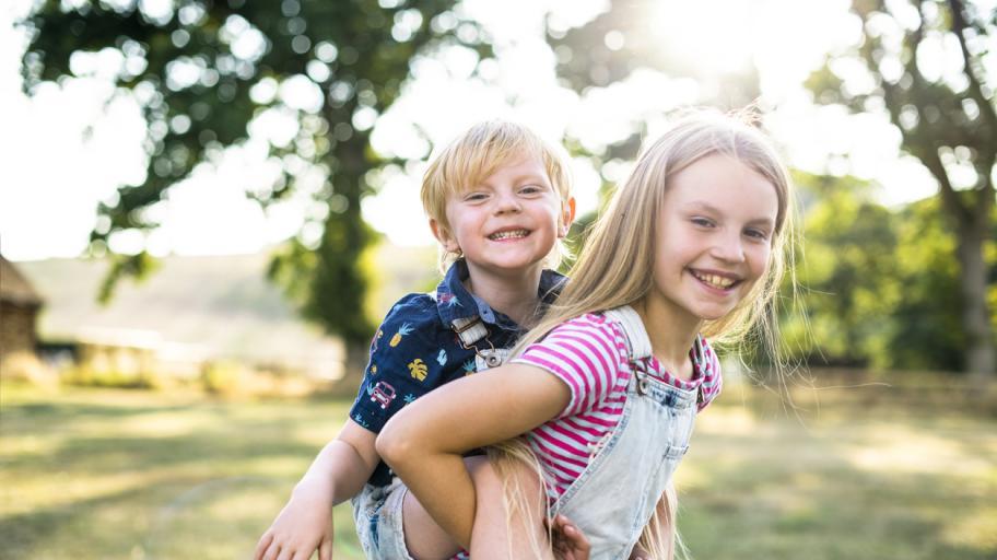 Каква е най-подходящата възрастова разлика между децата?