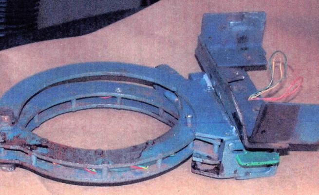 Яката с бомба, която убива Брайън Уелс