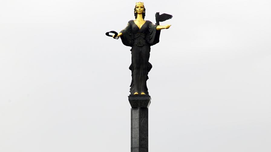 Паметникът на София