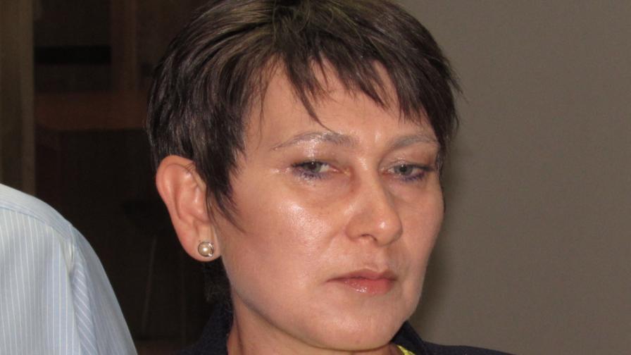 Даниела Везиева