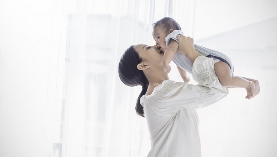 хълцане новородено