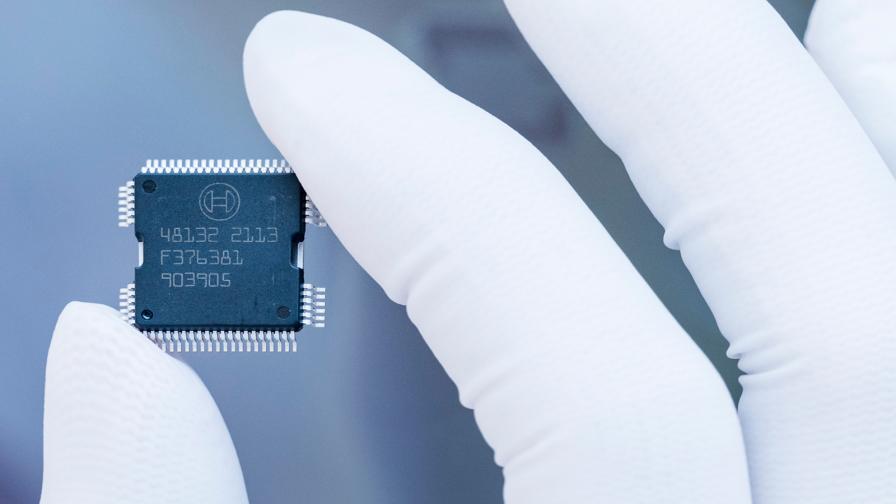 <p>Скок от 300 пъти на дефицитни микрочипове</p>