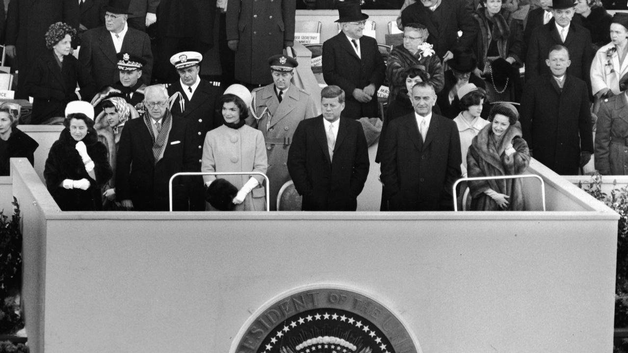 <p><strong>Джаки Кенеди</strong> на инаугурацията на Джон Кенеди</p>