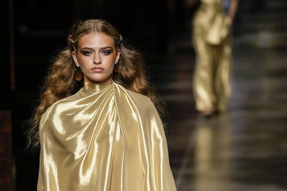 <p>&quot;Фенди&quot; даде старт на Седмицата на модата в Милано</p>