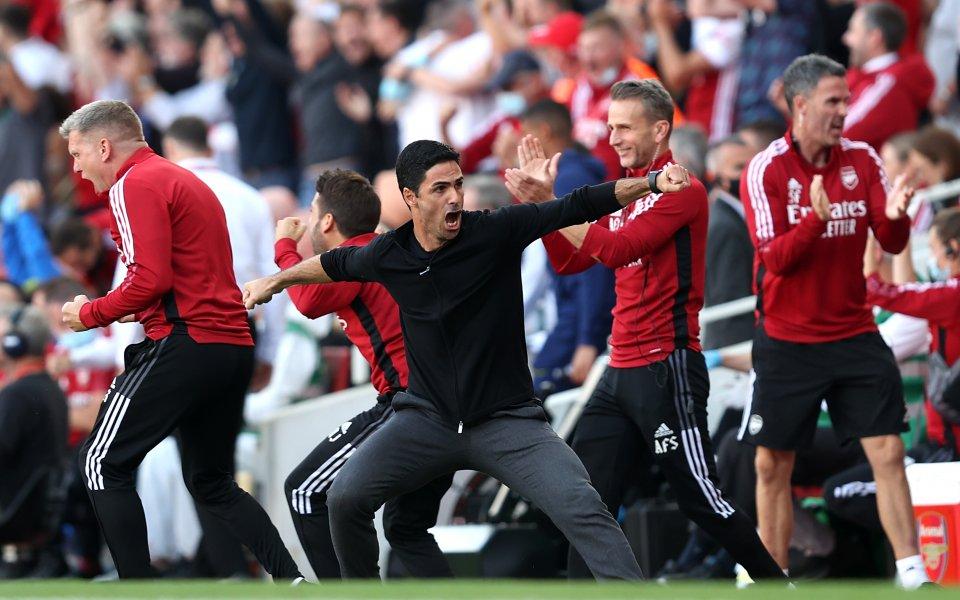 Отборите на Арсенал иТотнъм играят при резултат