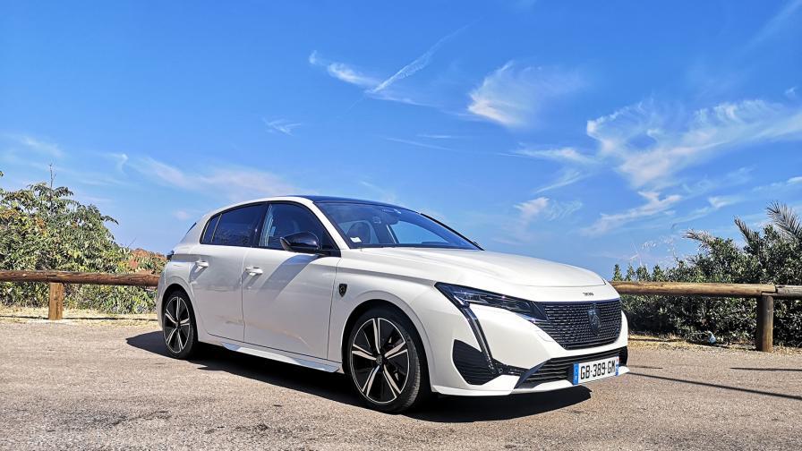 <p>Peugeot 308 те пренася в &bdquo;изгубения рай&rdquo; (тест драйв)</p>