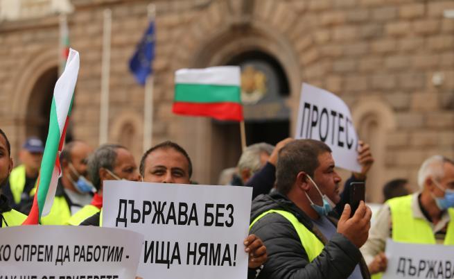 Национален протест на пътните строители: Блокади, тапи и затворени пътища