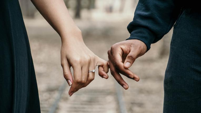Как да се излекуваме с любов