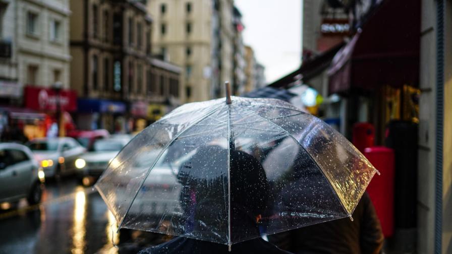 Дъждовно време, очакват се значителни количества дъжд