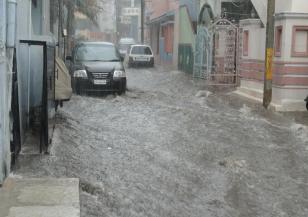 Хаос в Гърция заради проливните дъждове