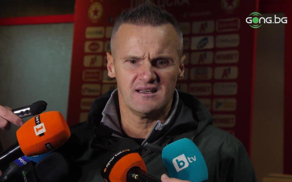Наставникът на Ботев Пловдив Азрудин Валентич остана доволен от играта