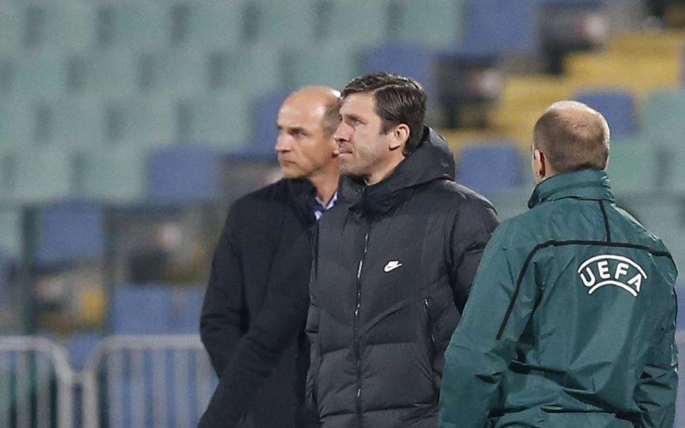 Българският помощник треньор на Зоря Луганск Веселин Бранимиров говори след