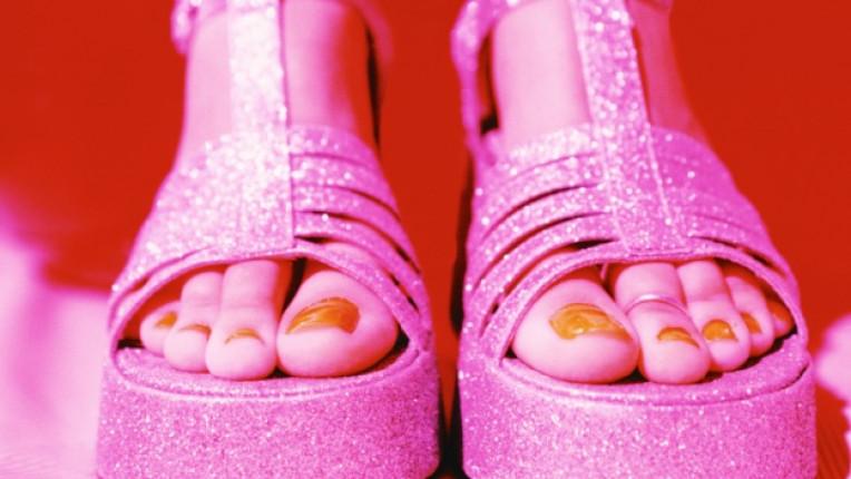 обувки на платформа