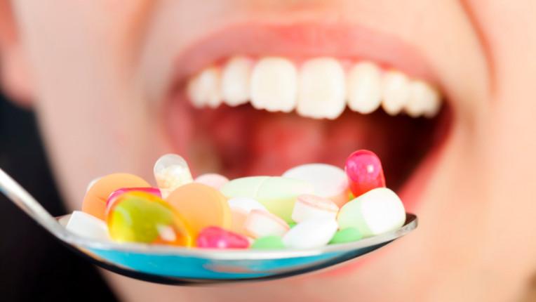 хапчета лекарства уста