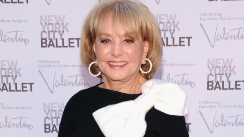 """Барбара Уолтърс е носител на награда """"Еми"""" (която тя получава през 2009 г.) за цялостен принос към развитието на телевизията"""