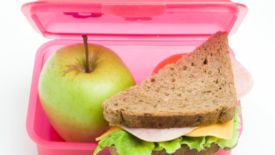 Оказва се, че най-често хората консумират сандвич с шунка и кашкавал за обяд