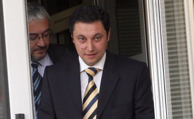 Арестуваха и пуснаха кмет и учител, обвинени за радикален ислям
