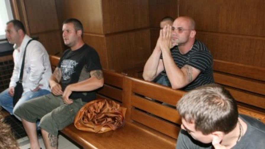 Общо 105 години затвор получи групата на Димитър Вучев-Демби