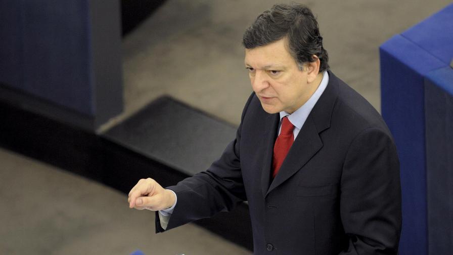 По-известният брат от двамата, председателят на ЕК Жозе Барозу
