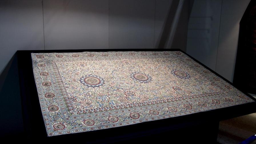 Продадоха перлен килим за 5,5 млн. долара