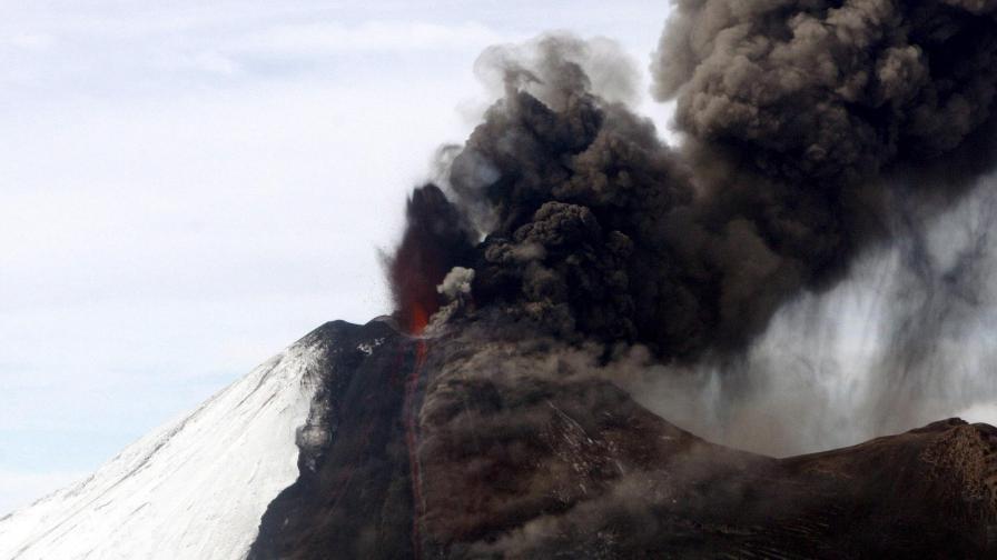 Вулканът Яйма в Чили.