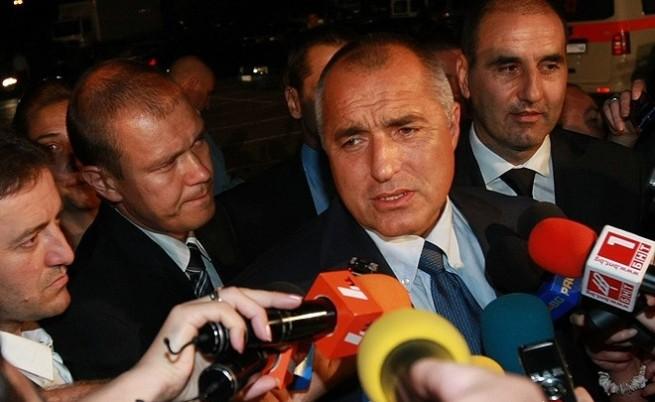 Борисов е наясно с кабинета, но изчаква