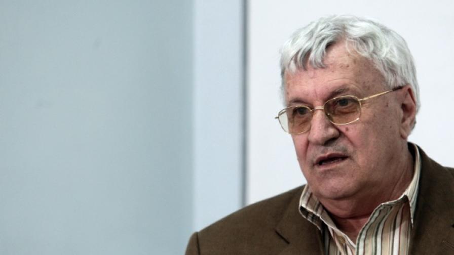Проф. Андрей Пантев ще открие първата сесия на 41-ото Народно събрание като най-възрастен сред депутатите