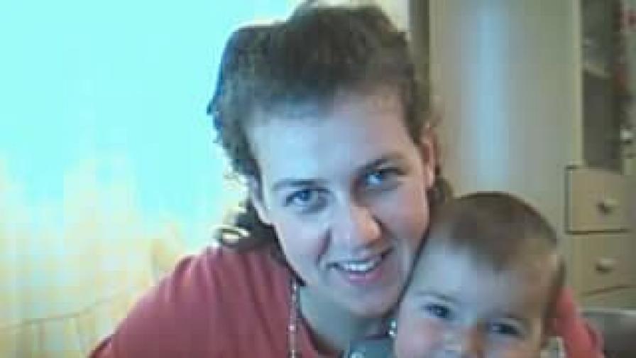 Спаска Митрова с детето