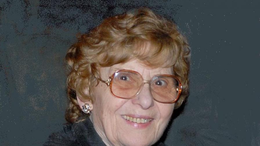 Катя Зехирева (1926-2009)