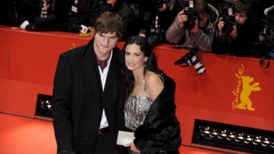 Деми Мур и Аштън Кътчър са женени от четири години