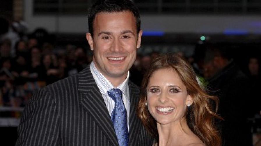 Сара Мишел и съпругът й Фреди Принц на кинопремиера в Лондон през юли 2007 г.