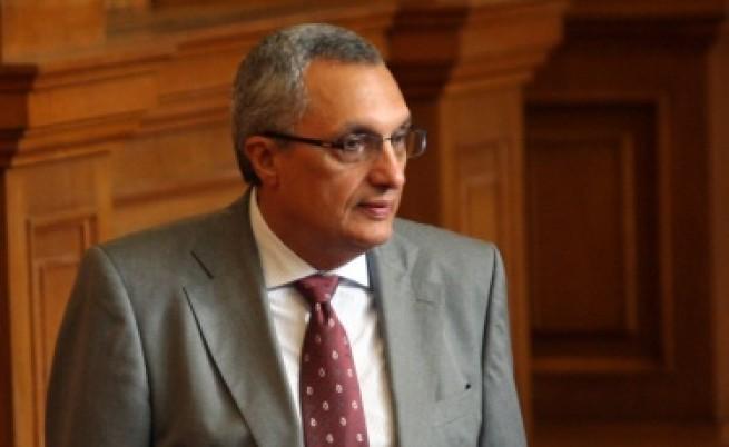 Костов: Станишев е дал сигнал за