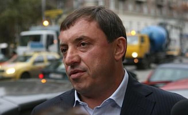 Алексей Петров: Имаше и физическо отстраняване