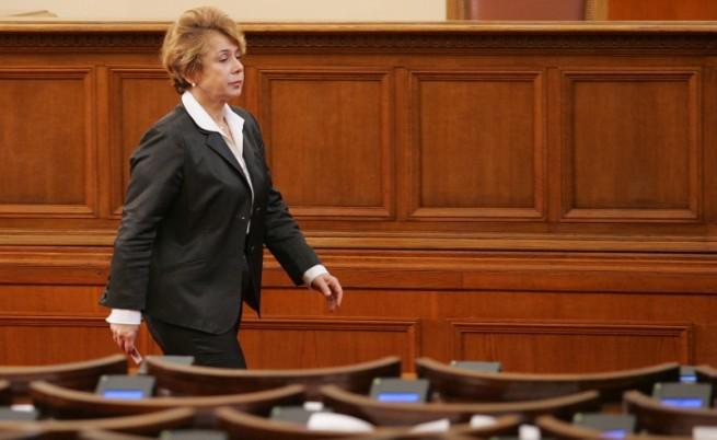 Масларова не иска да член, щом не е председател