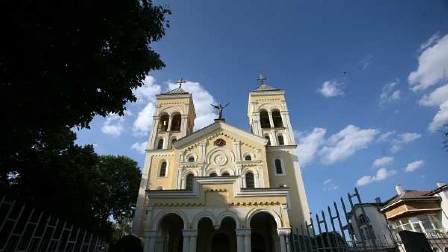 """Храмът """"Пресвято сърце Исусово"""" в гр. Раковски"""