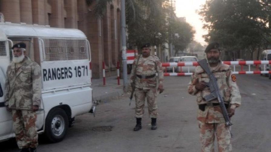 Атентат на волейболен мач в Пакистан