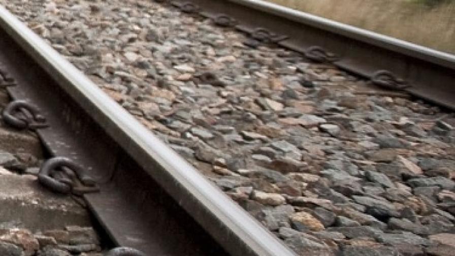 Два пътнически влака катастрофираха в Турция