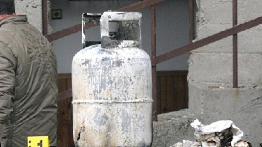 Дете пострада тежко при взрив на газова бутилка