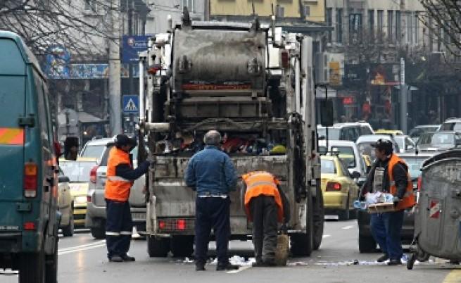 Столична община ще плаща за чистота и транспорт със заем
