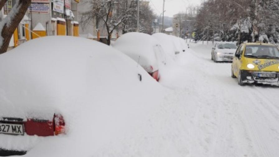 Истинската зима се завърна и в София