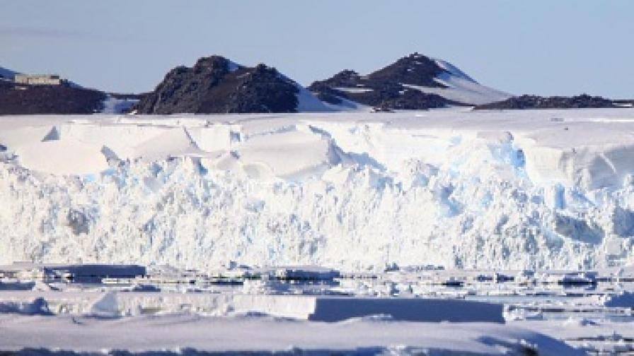 Какво се крие под антарктическия лед