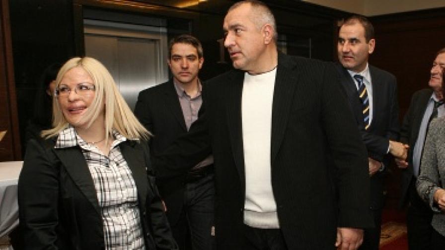 Бойко Борисов пак размахва големи присъди