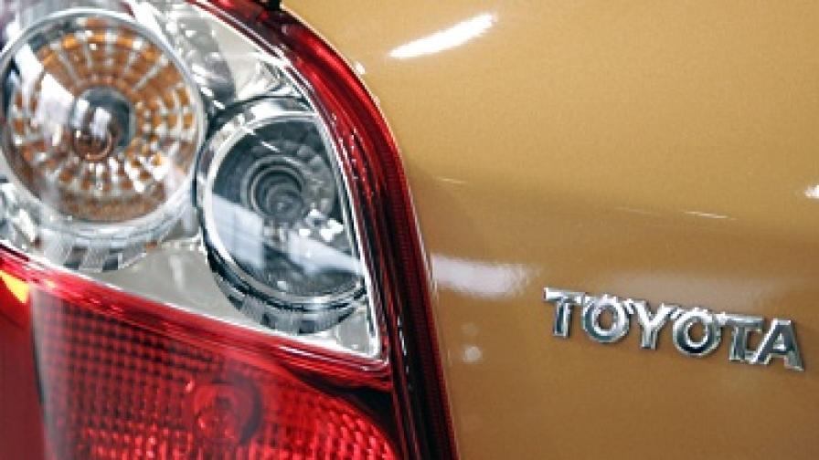 """Поправени коли на """"Тойота"""" все още с дефекти"""